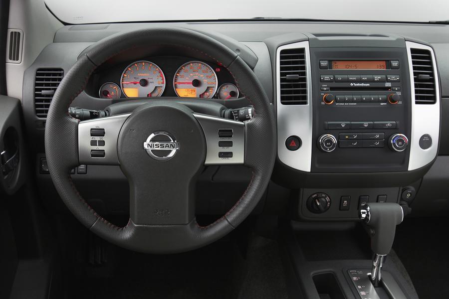 2012 Nissan Xterra Photo 6 of 9