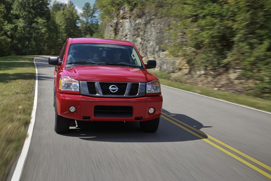 2012 Nissan Titan Photo 5 of 15