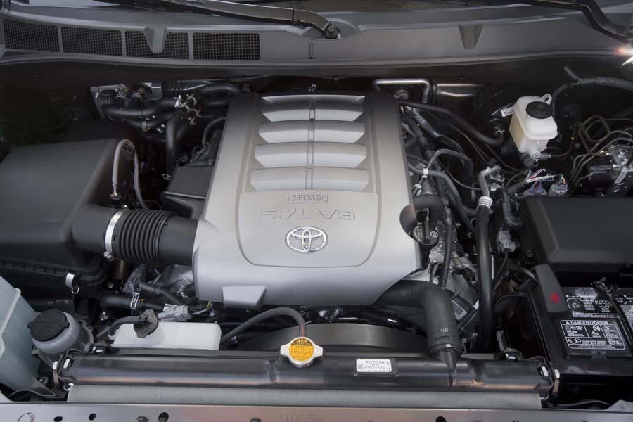 2012 Toyota Sequoia Photo 3 of 7