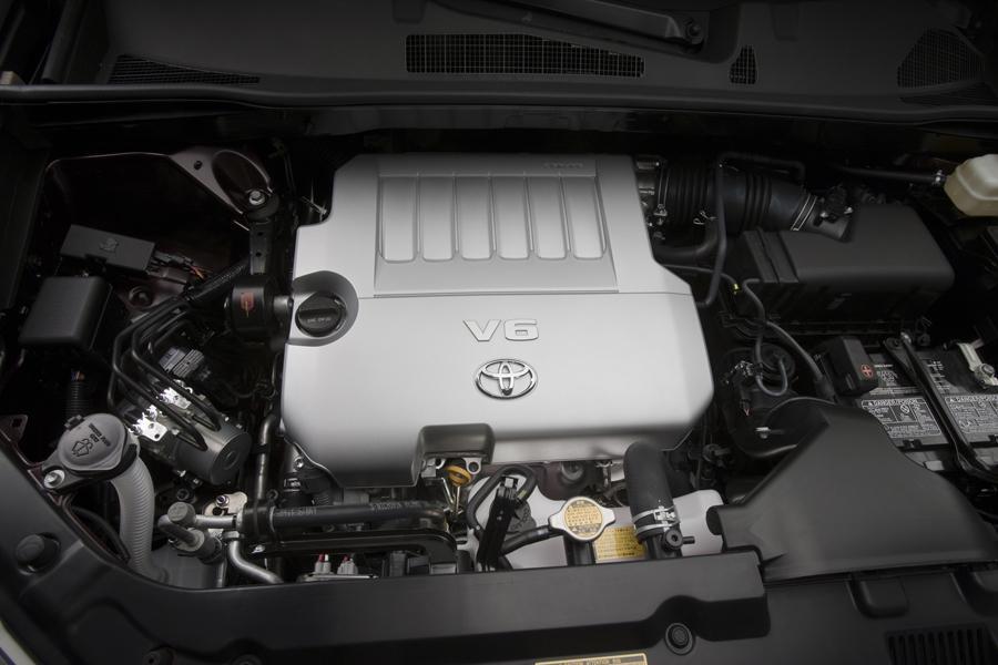 2012 Toyota Highlander Photo 6 of 12