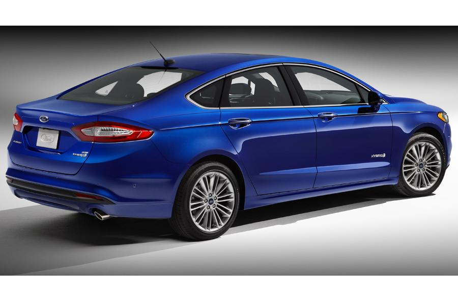 2013 Ford Fusion Hybrid Photo 3 of 10
