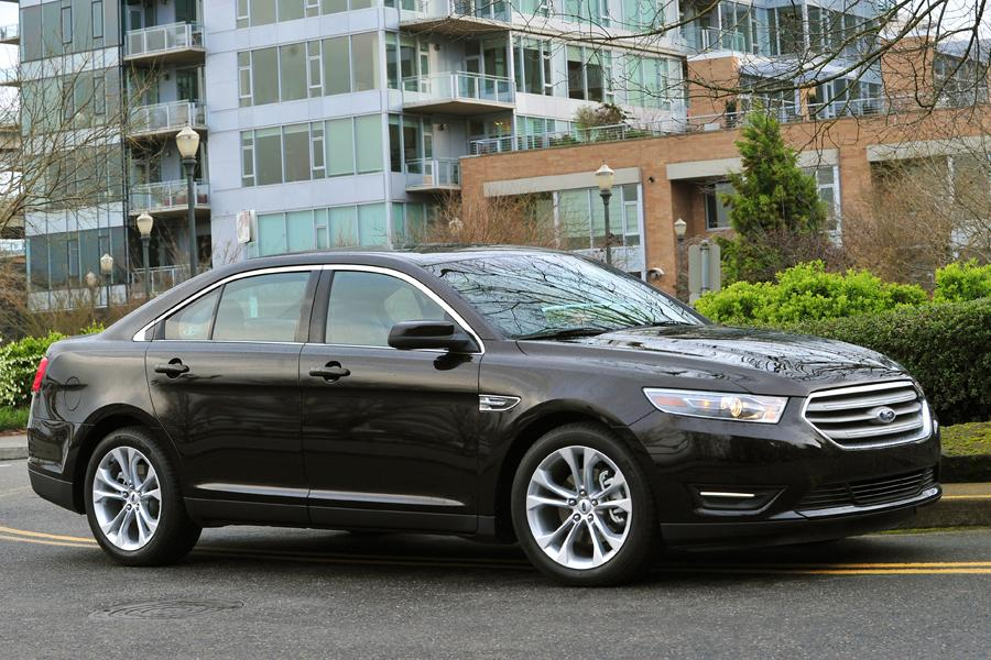 2013 Ford Taurus Photo 5 of 50