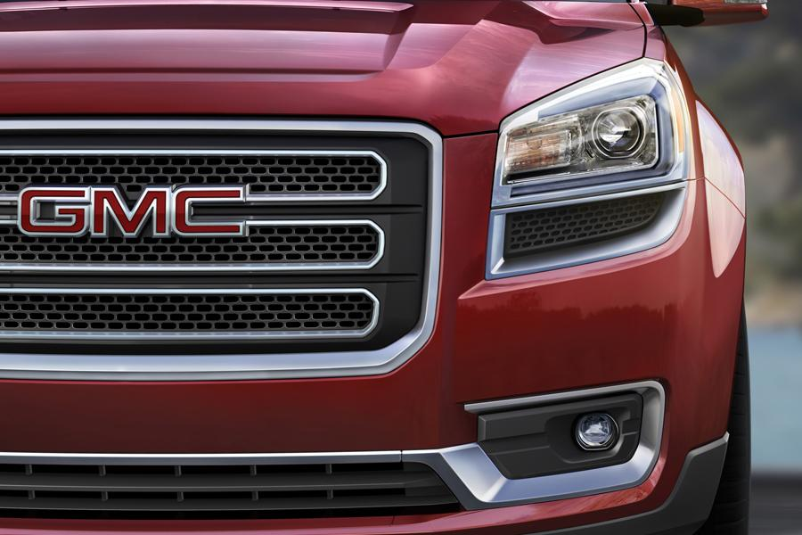 2013 GMC Acadia Photo 5 of 12