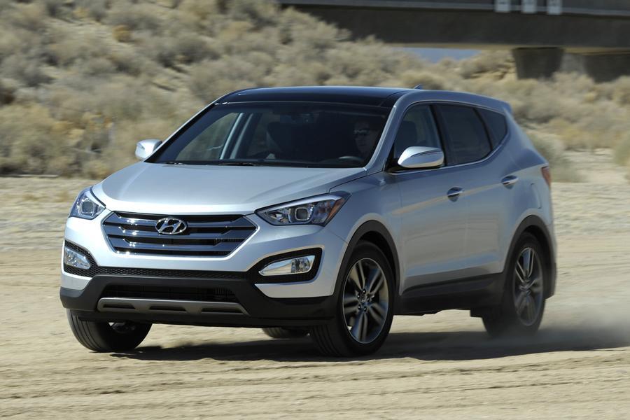 2013 Hyundai Santa Fe Photo 2 of 37
