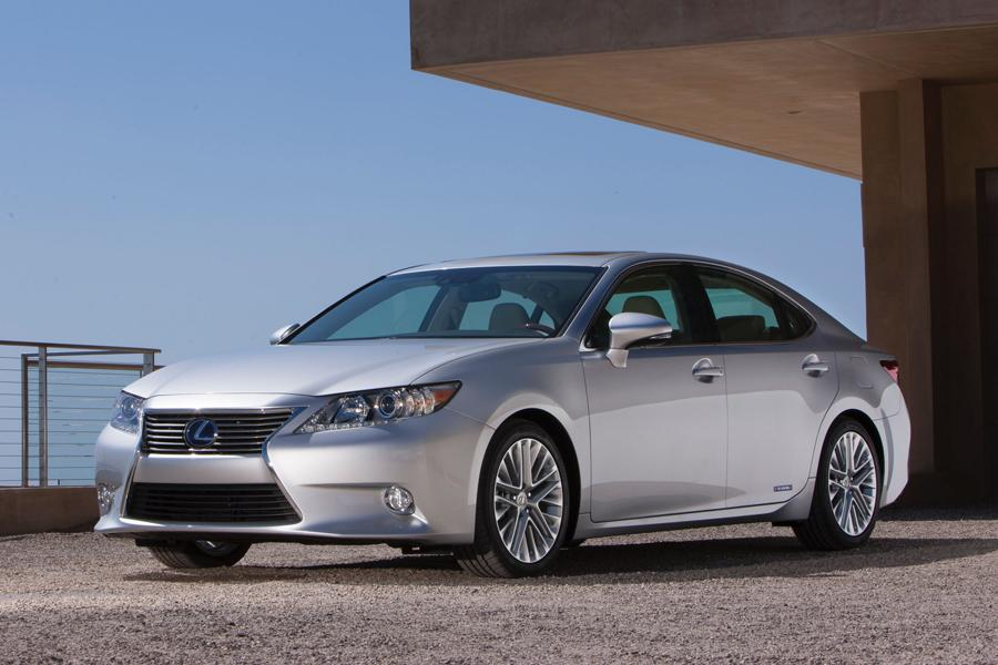 2013 Lexus ES 300h Photo 1 of 14