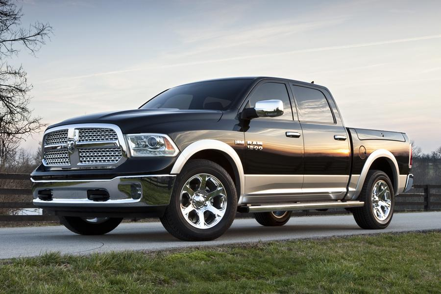 2013 RAM 1500 Photo 2 of 11