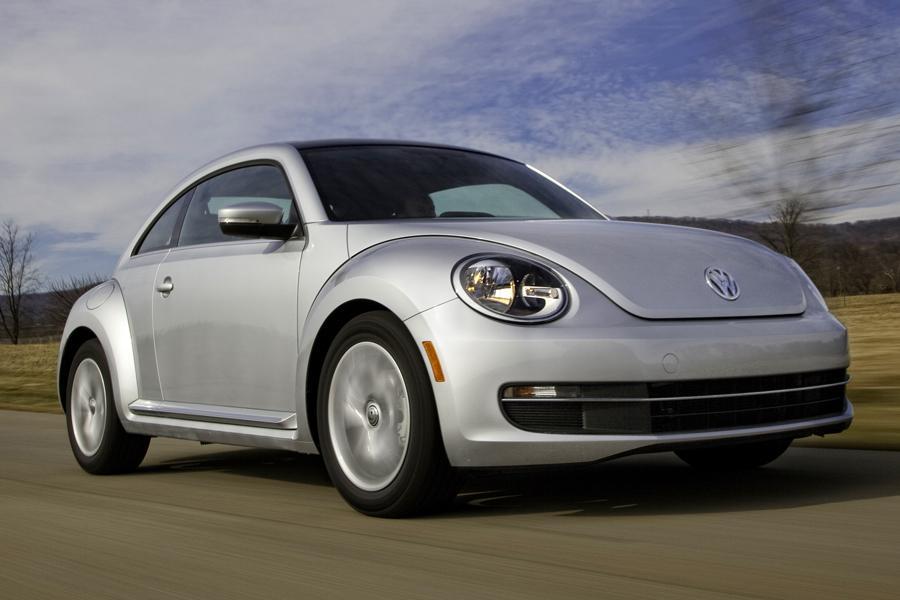 2013 Volkswagen Beetle Photo 1 of 6