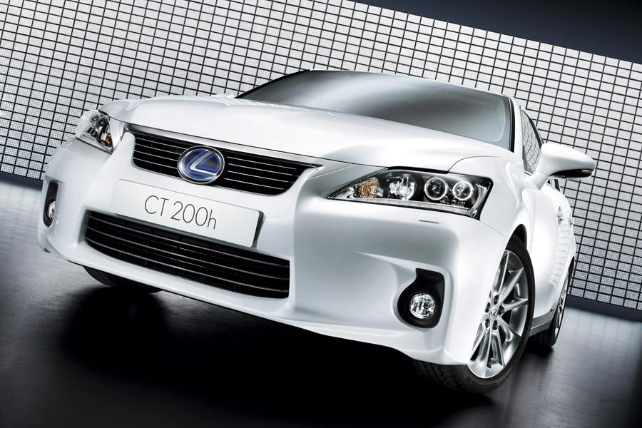 2012 Lexus CT 200h Photo 2 of 10