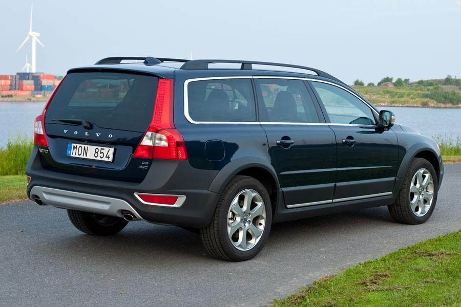 2012 Volvo XC70 Photo 2 of 5
