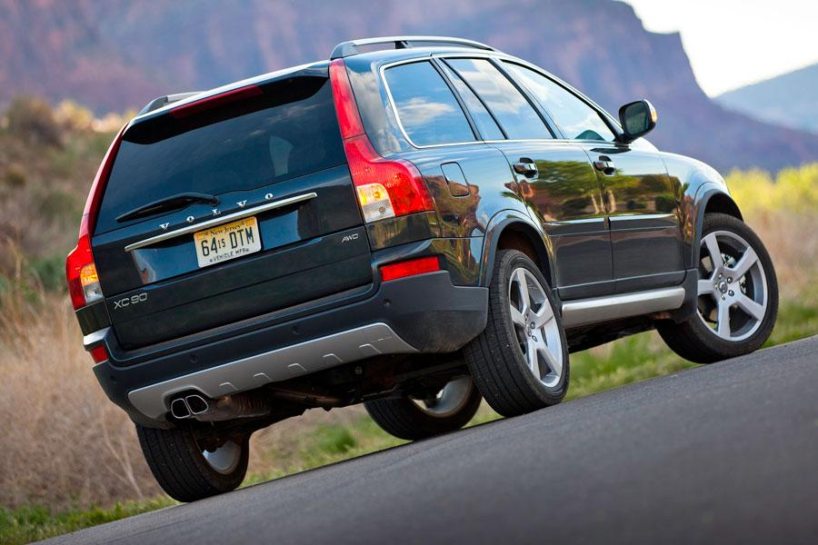 2012 Volvo XC90 Photo 2 of 5