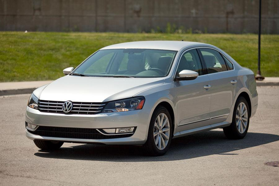 2012 volkswagen passat overview. Black Bedroom Furniture Sets. Home Design Ideas