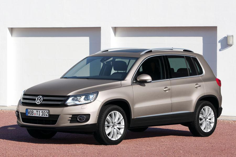 2012 Volkswagen Tiguan Photo 4 of 8