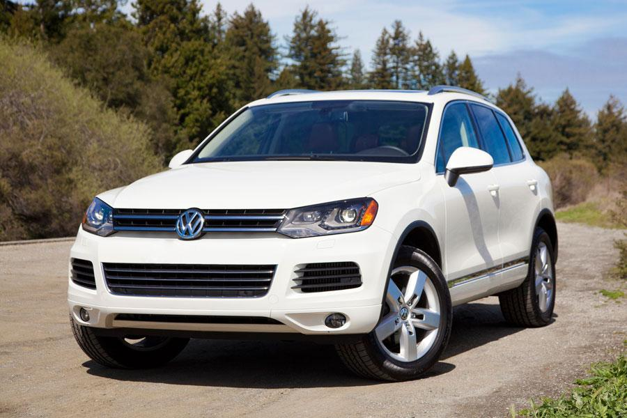 2012 volkswagen touareg overview. Black Bedroom Furniture Sets. Home Design Ideas