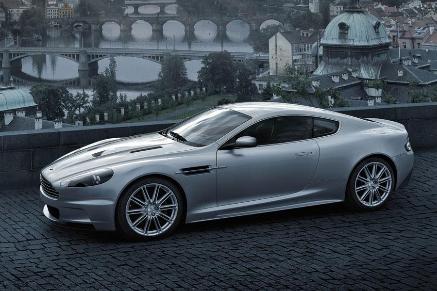 2012 Aston Martin DBS Photo 4 of 11