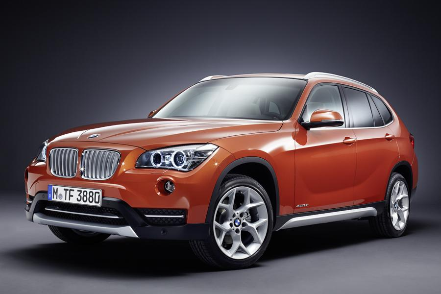 2013 BMW X1 Photo 2 of 52