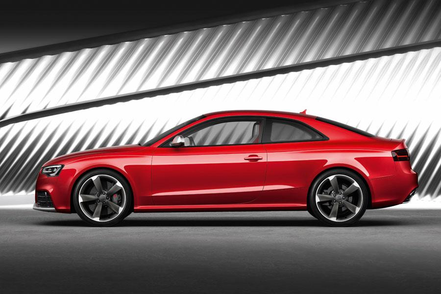 2013 Audi RS 5 Photo 2 of 5