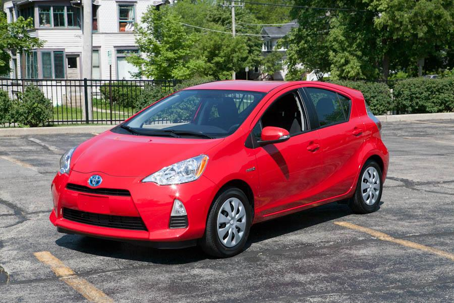 2012 Toyota Prius c Photo 1 of 16