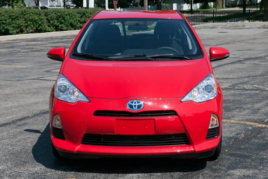 2012 Toyota Prius c Photo 3 of 16