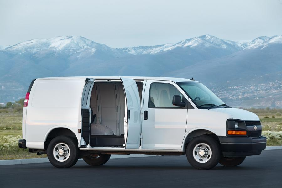 2012 Chevrolet Express 2500 Photo 3 of 4