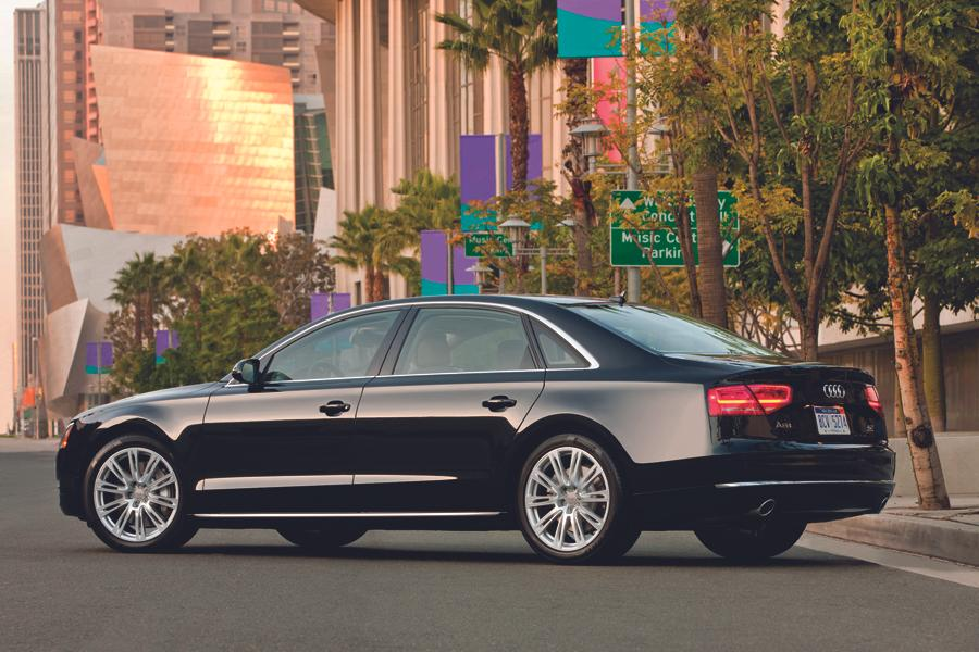 2012 Audi A8 Photo 3 of 21