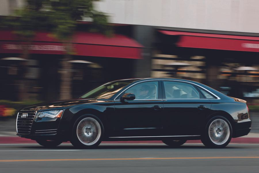 2012 Audi A8 Photo 4 of 21