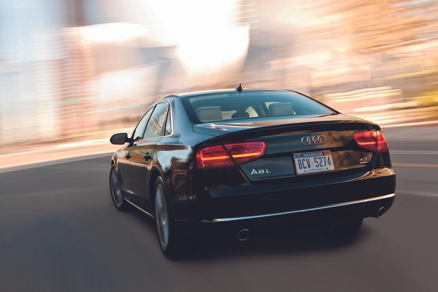 2012 Audi A8 Photo 5 of 21