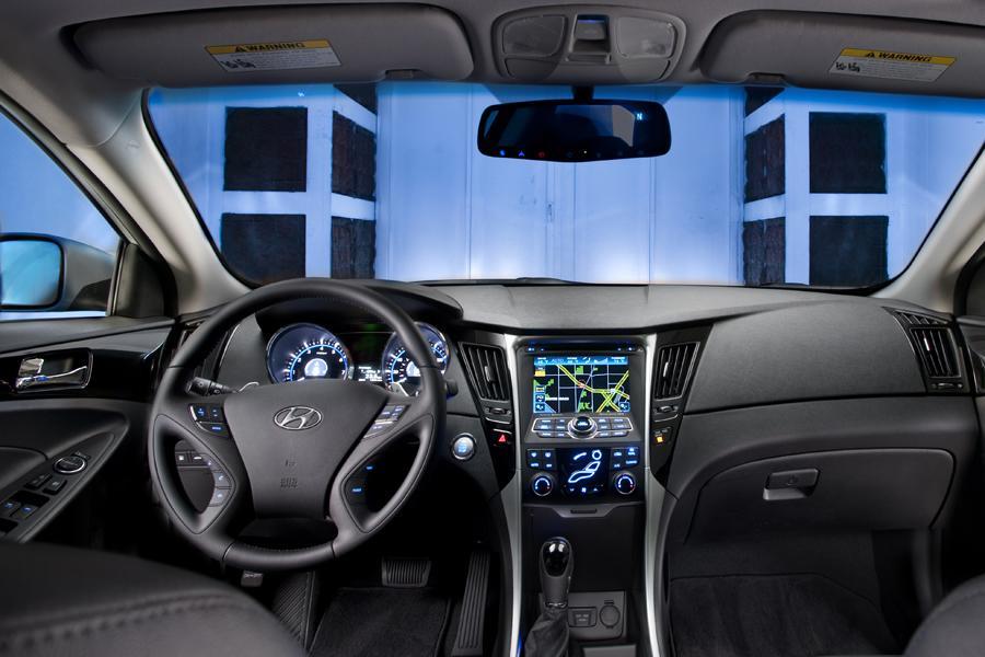 2013 Hyundai Sonata Specs Pictures Trims Colors Cars Com
