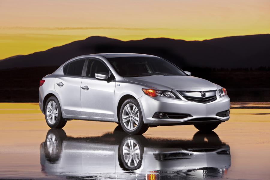 2013 Acura ILX Hybrid Photo 3 of 19