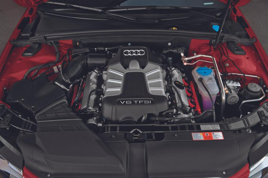 2012 Audi A4 Photo 2 of 22