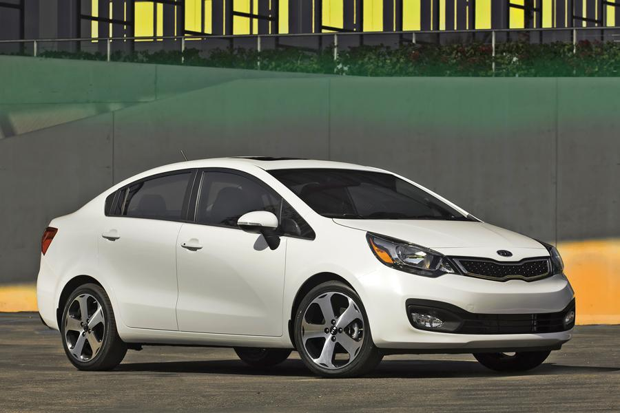 2013 Kia Rio Photo 4 of 14