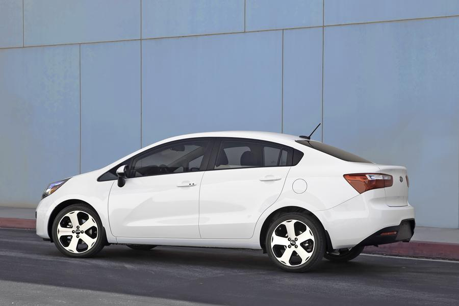 2013 Kia Rio Photo 5 of 14