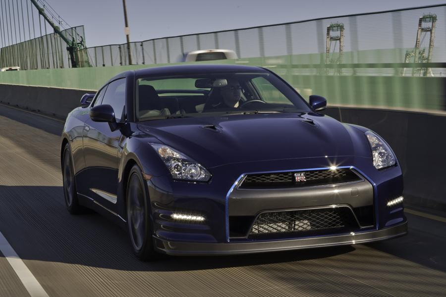 2013 Nissan GT-R Photo 4 of 16