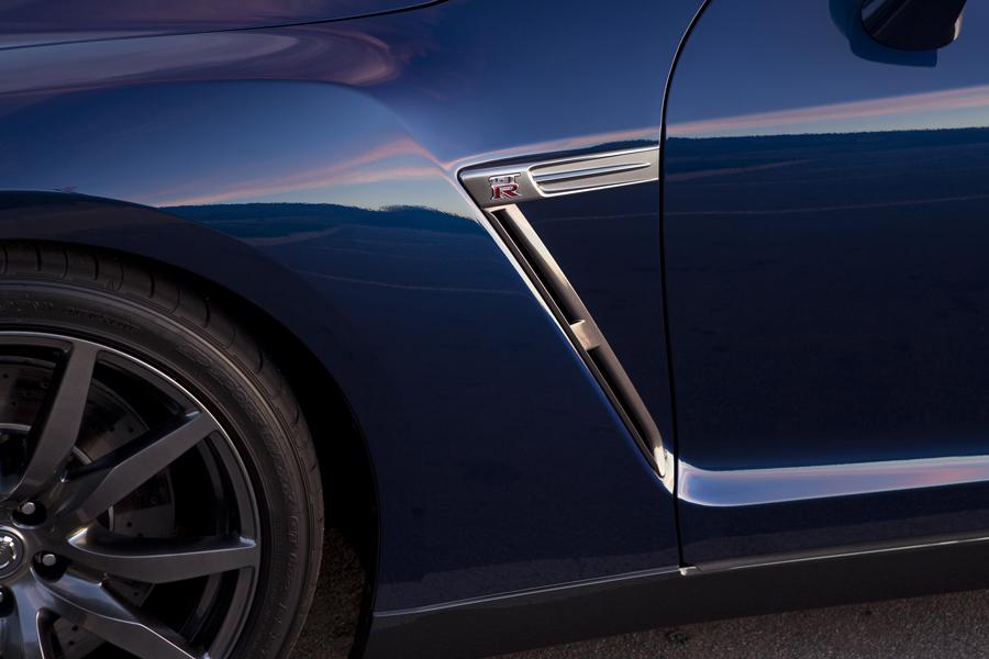 2013 Nissan GT-R Photo 5 of 16