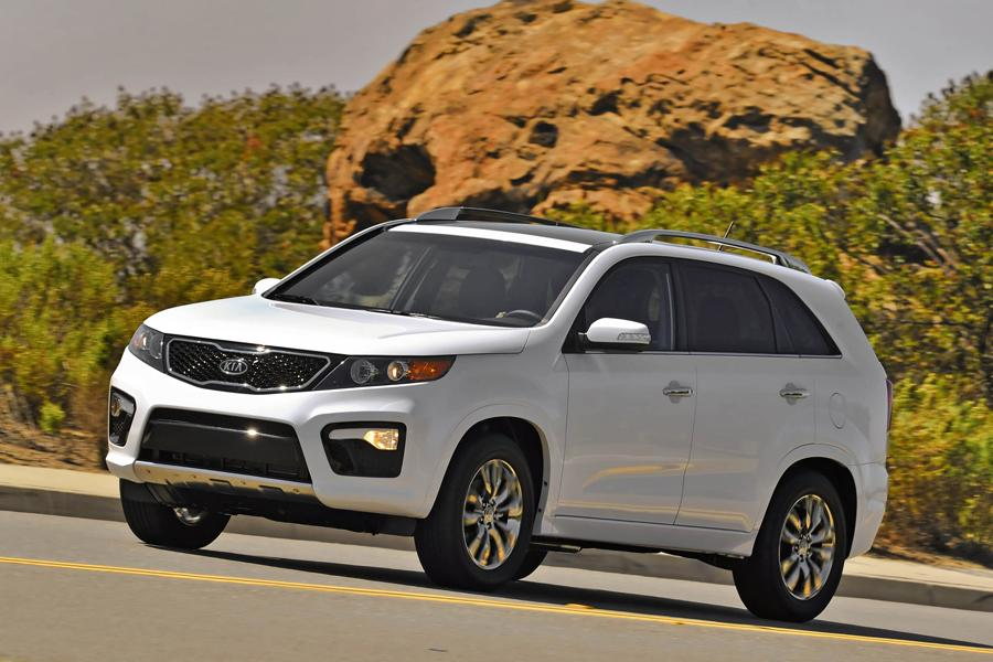 2013 Kia Sorento Photo 2 of 22