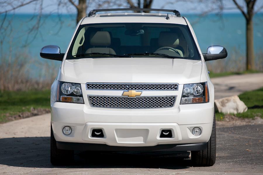2012 Chevrolet Tahoe Photo 2 of 19