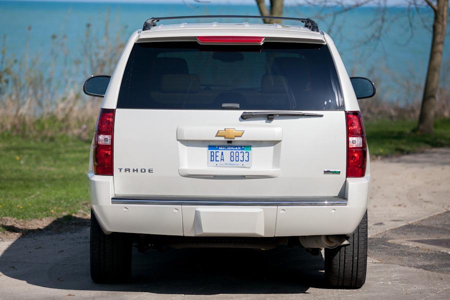 2012 Chevrolet Tahoe Photo 3 of 19