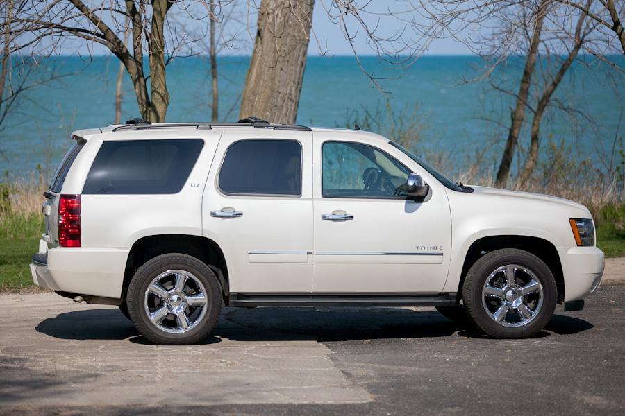 2012 Chevrolet Tahoe Photo 5 of 19