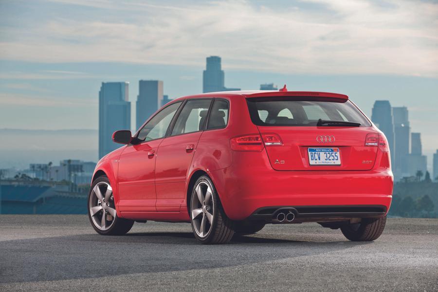 2013 Audi A3 Photo 2 of 18