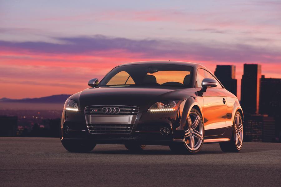 2013 Audi TTS Photo 2 of 13