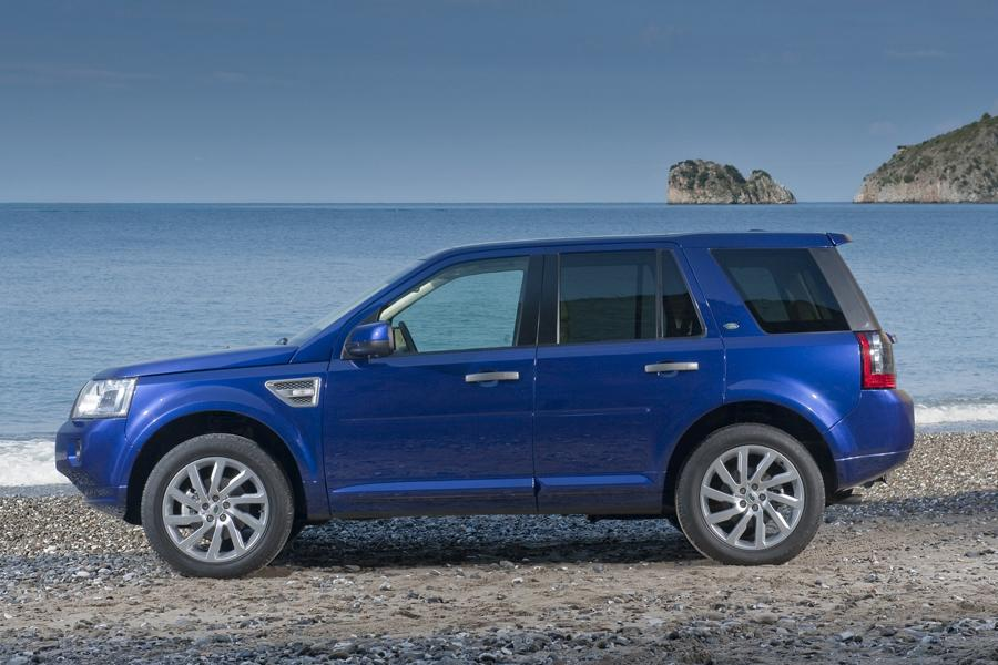 2012 Land Rover LR2 Photo 3 of 13