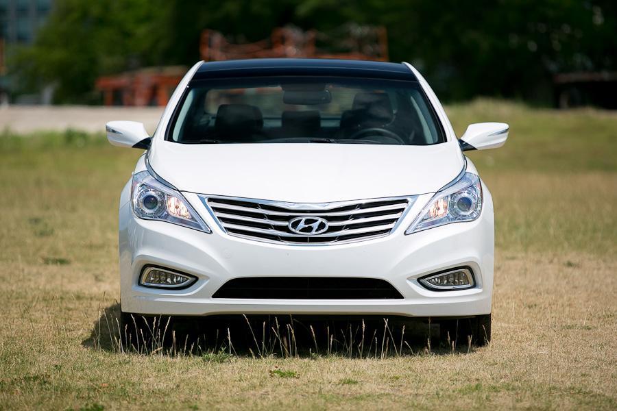 2012 Hyundai Azera Photo 2 of 20