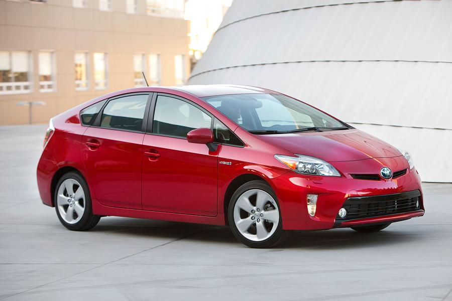 2012 Toyota Prius Photo 4 of 38