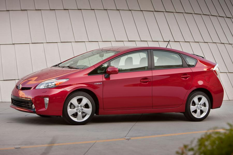 2012 Toyota Prius Photo 5 of 38