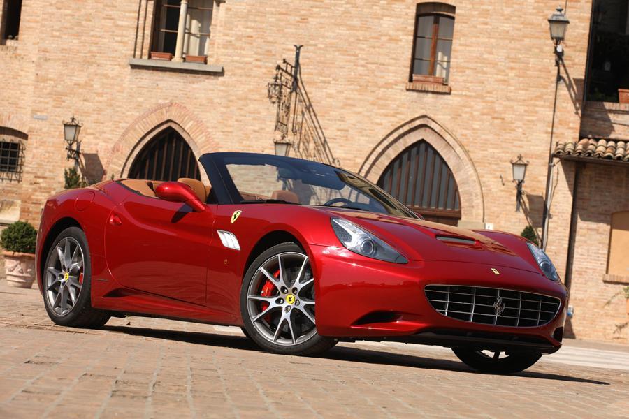2012 Ferrari California Photo 2 of 5