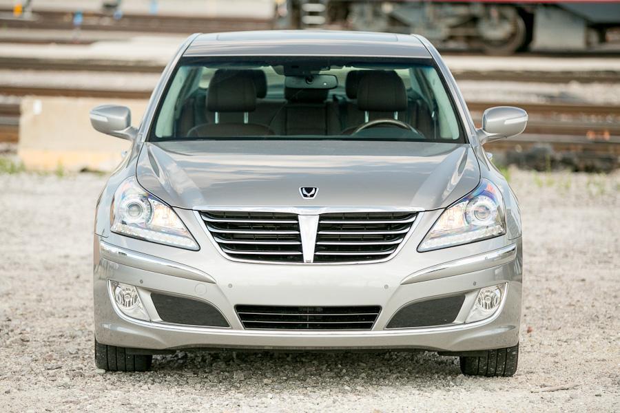 2012 Hyundai Equus Photo 3 of 21