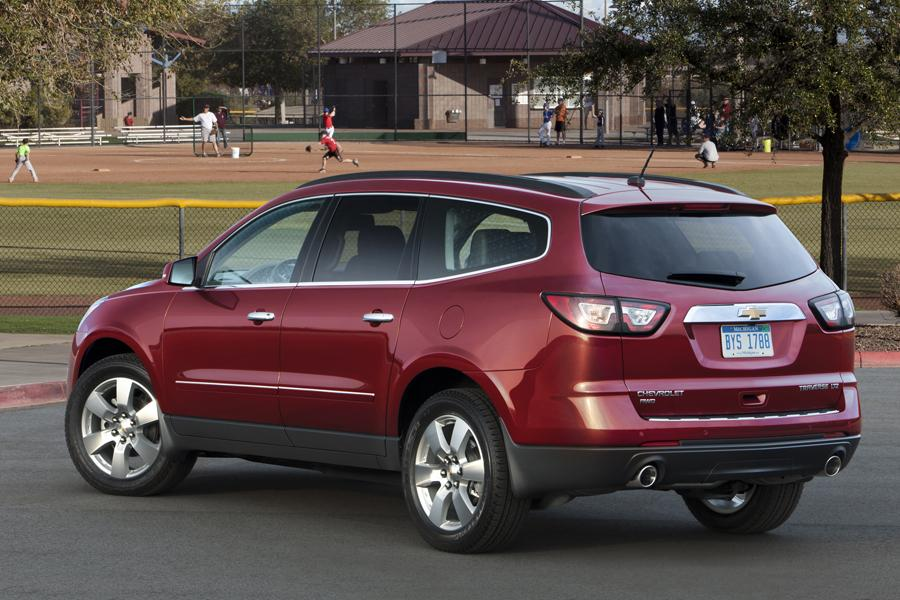 2013 Chevrolet Traverse Overview Cars Com