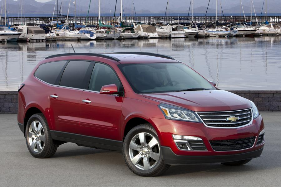 2013 Chevrolet Traverse Overview  Carscom