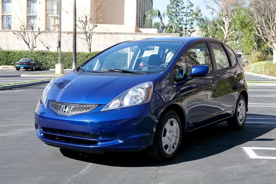 2012 Honda Fit Photo 2 of 19