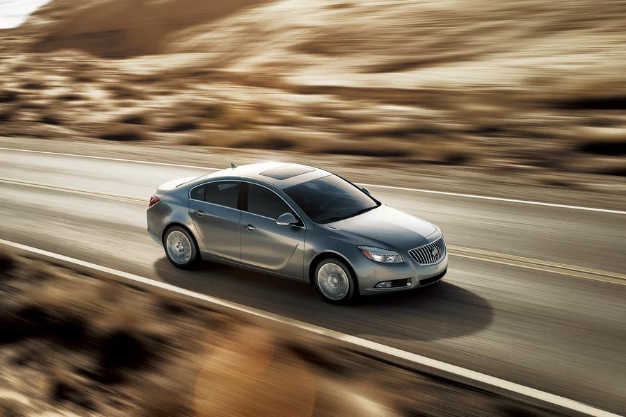 2013 Buick Regal Photo 3 of 5