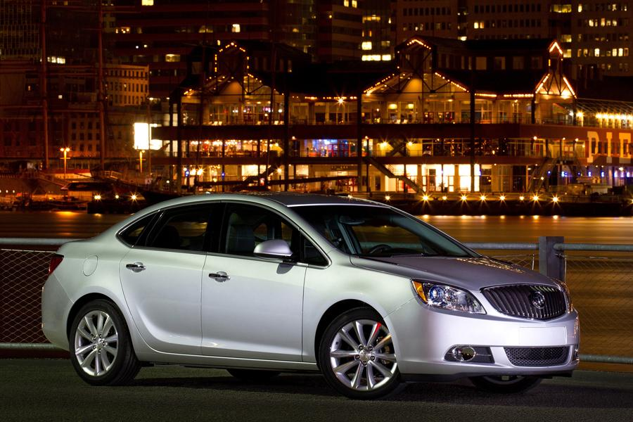 2013 Buick Verano Photo 3 of 15
